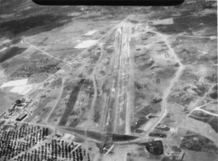 450th BG Airfield 1944