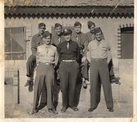 Public Relations Group supposed to let the folks at home know about the 15th AF. Front middle - Lt. Herz, Group Historian with two photographers. I am in back row second from right. Others are from 756, 757 and 759th squadrons.