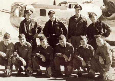 Lt Ogle`s crew with their B-24